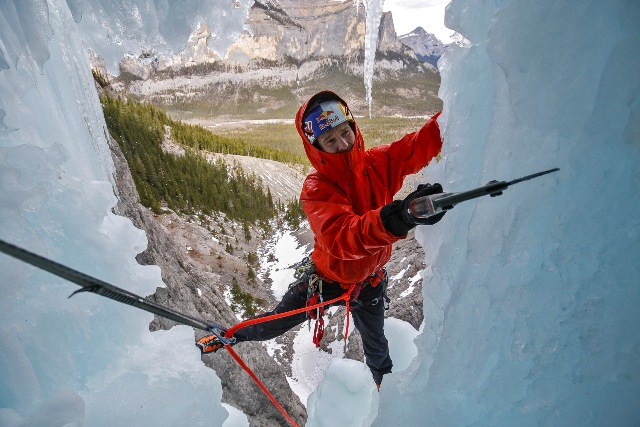 how to use an axe and crampon