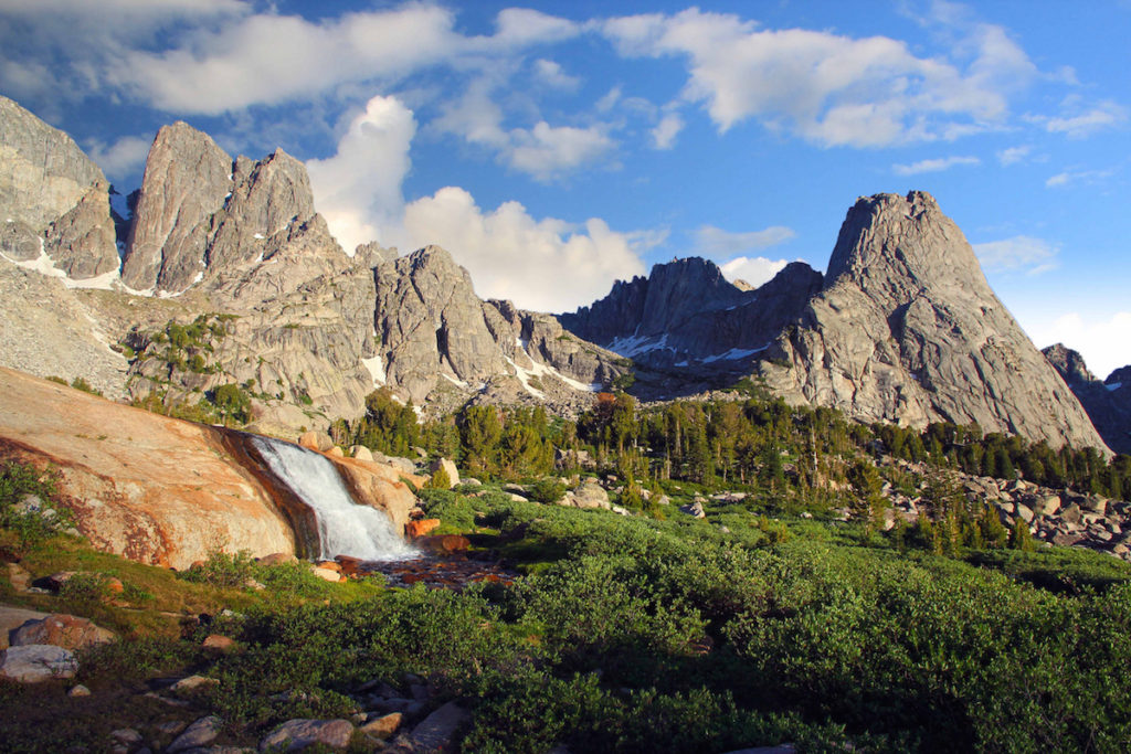 cirque of the towers wind river range wyomingusa