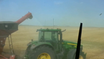 auto-tractor-video